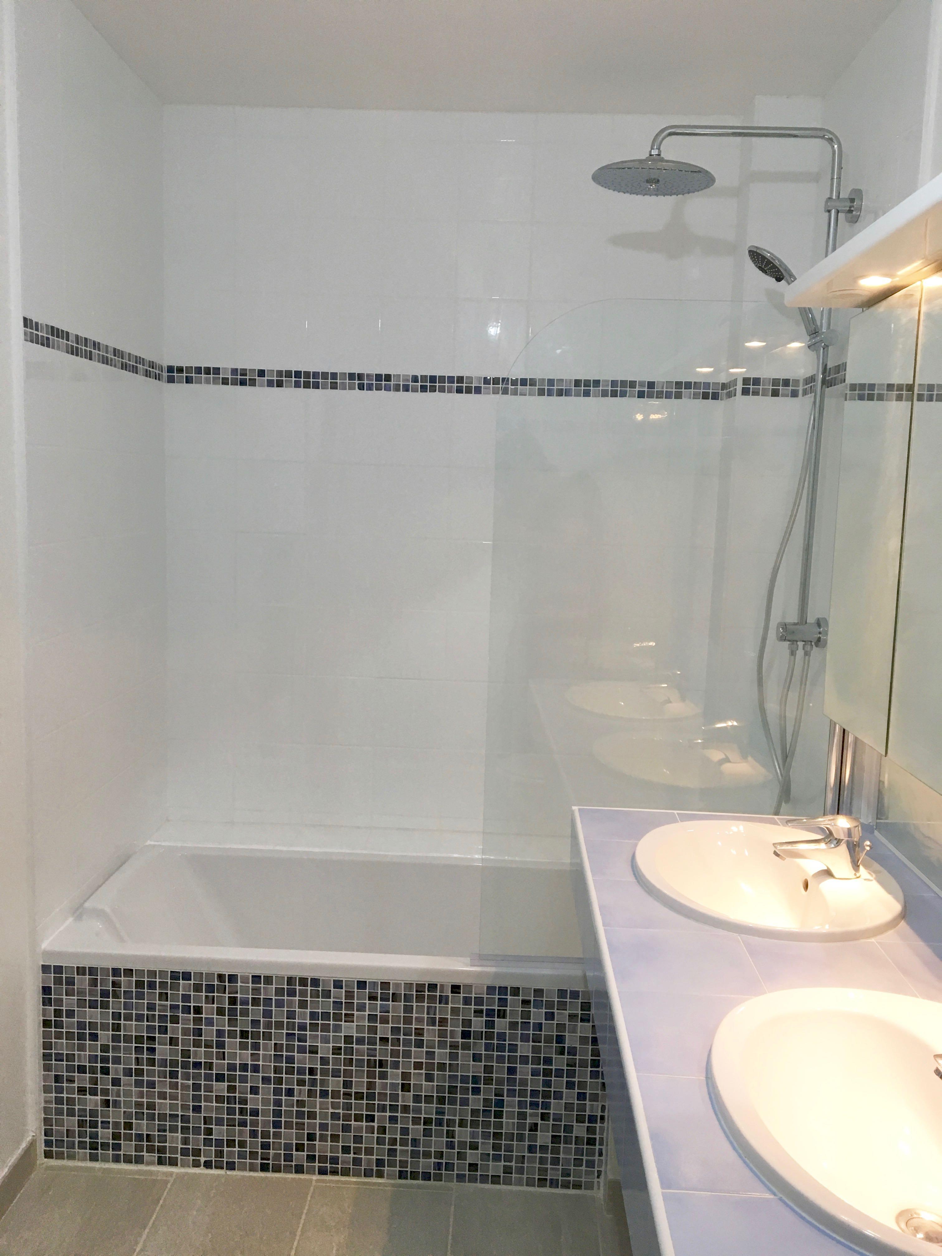 Travaux de baignoire et de douche.